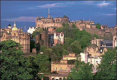 http://www.airflights.to/Edinburgh/edinburgh-castle.jpg